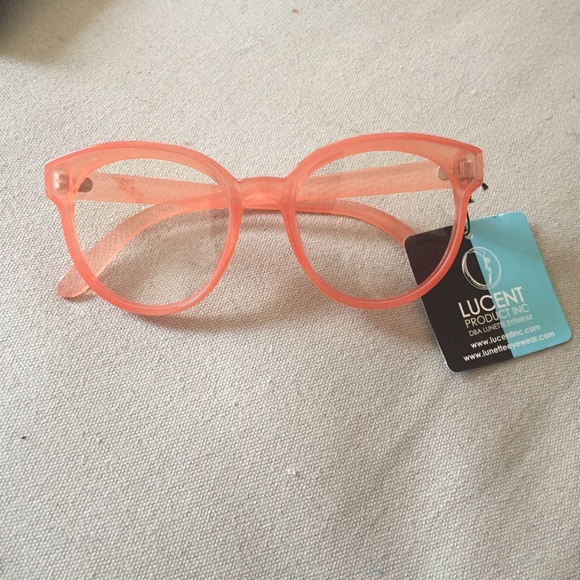 d5154e9b918c Urban Outfitters Pink Fake Glasses